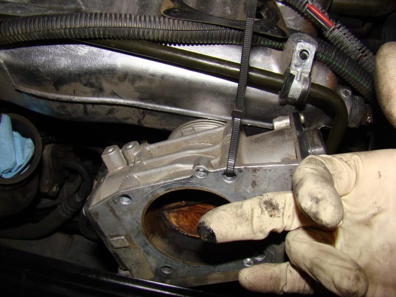 Volvo S60 2 4t Throttle Body Cleaning - Aftermarket Garage